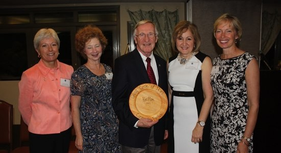 Photo of Delegate Ken Plum receiving Community Partner Award from Giving Circle of HOPE.